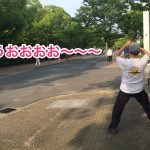 長居公園のラジオ体操:最後におたけびをあげる異様な光景|大阪府