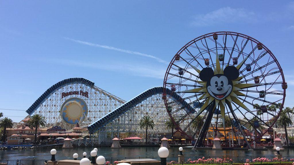 カリフォルニア ディズニーランド ミッキーのファンウィール