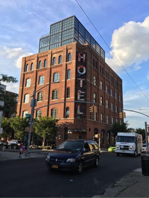 Wythe Hotel,ワイスホテル,ニューヨーク,ブルックリン,ウィリアムズバーグ,マンハッタン,夜景