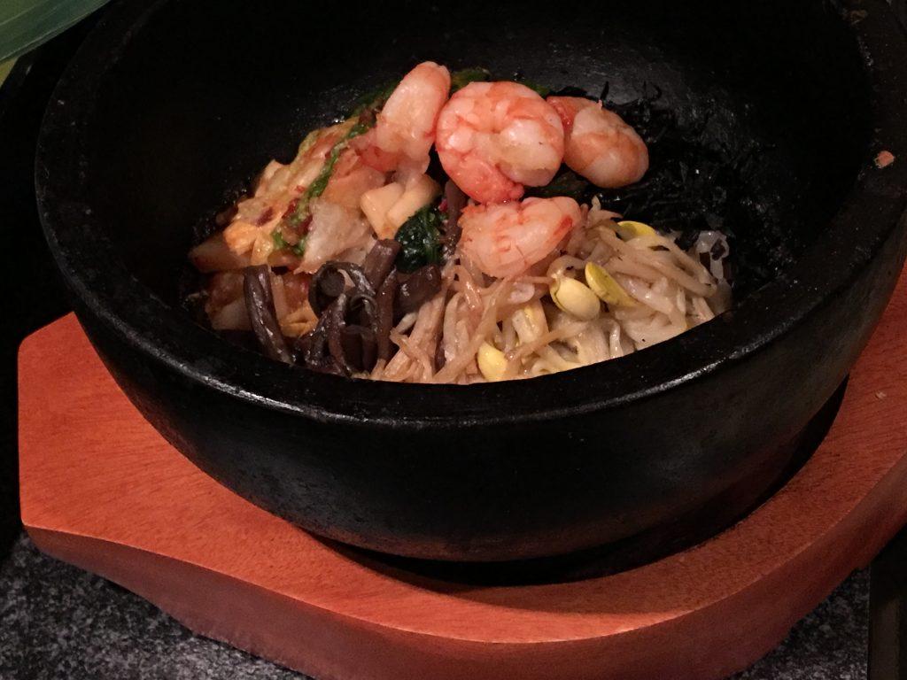 六歌仙,焼肉,食べ放題,新宿